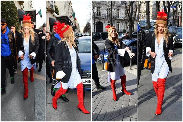 *06/03/17 - Rita a été vue quittant sa maison à Londres. Elle a ensuite été vue à la station Eurostar à Paris afin de rejoindre la capital pour la fashion week.  *