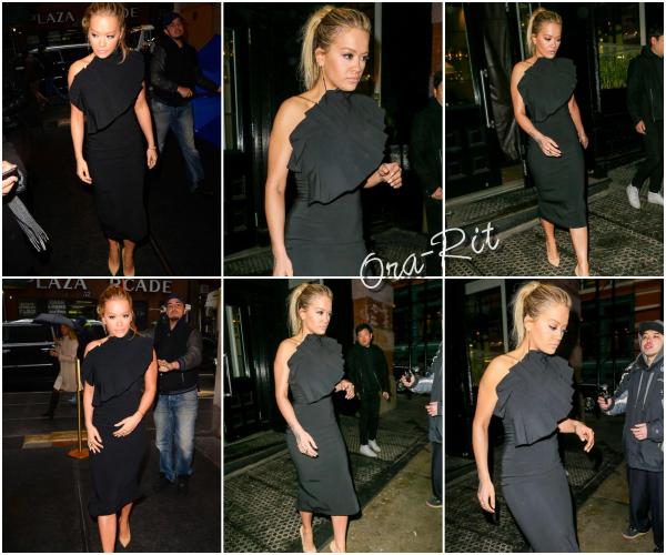 *06/02/17 - Rita a été vue sortant de son hôtel à New-York. Rita était juste SPLENDIDE ici. Sa robe est parfaite, et en plus Rita a un make-up hyper élégant. Enorme TOP! *