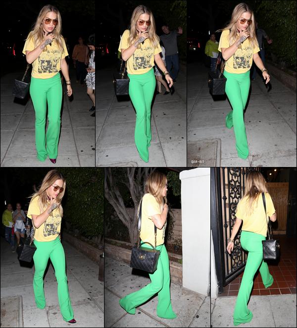 *07/09/17 - Rita Ora a été aperçue arrivant dîner au restaurant chinois Matsuhisa à Beverly Hills. Une tenue très affriolante donc de nouveau de la part de Rita, comme à son habitude. Je n'en suis pas vraiment fan, pour tout avouer.  **
