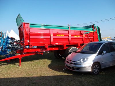 tracteur plus meteriel
