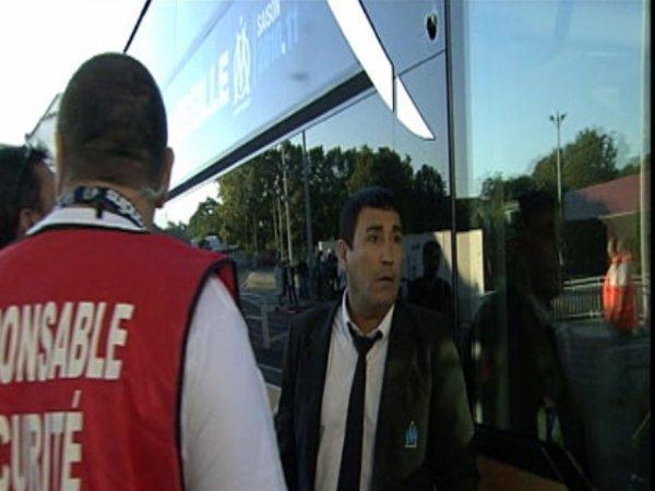Le bus de l'OM caillassé à Bordeaux