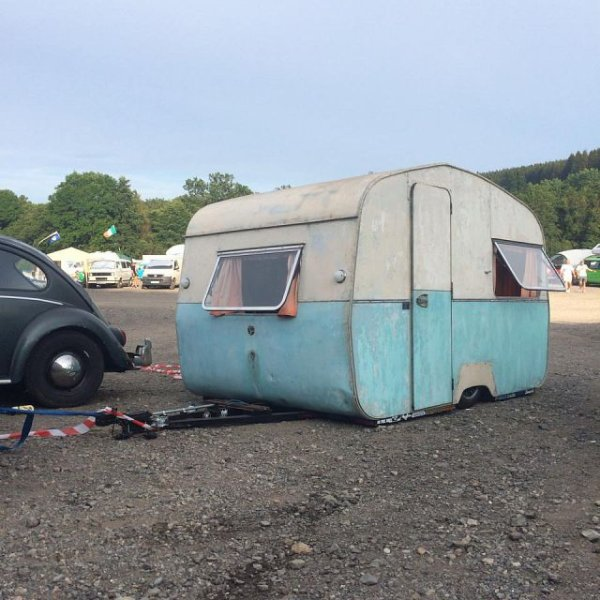 caravane low low blog de philou 35. Black Bedroom Furniture Sets. Home Design Ideas