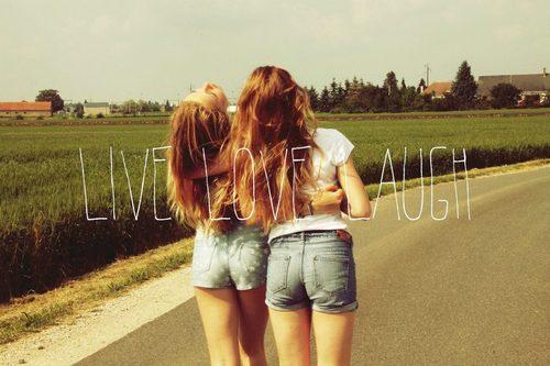 L'amitié est imbaisable et c'est là que je me fais baiser