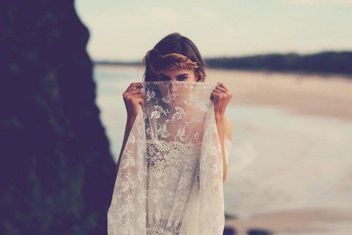 C'est presque mieux de vivre un amour en rêve, on ne risque pas d'être déçue...
