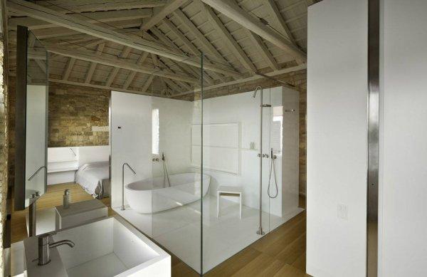 Chambre Konan et Pain, salle de bain et dressing