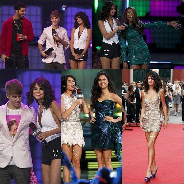 _ 19 juin : Selena co-animait les MMVA, et a chanté Who Says.Top ou Flop ? _