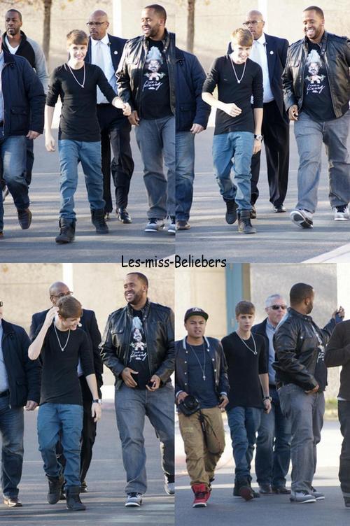 Justin à la Whitney Elementary School à Las Vegas