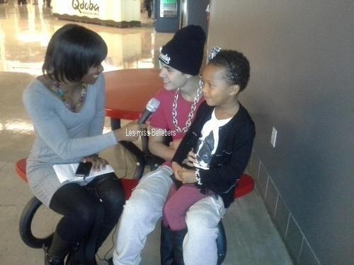 Photos diverses de Justin + Photo postée sur instagr.am + Vidéo pour Safaa