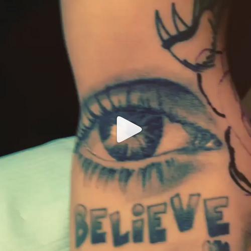 Photos postées par Justin sur Instagram + Vidéos de Justin