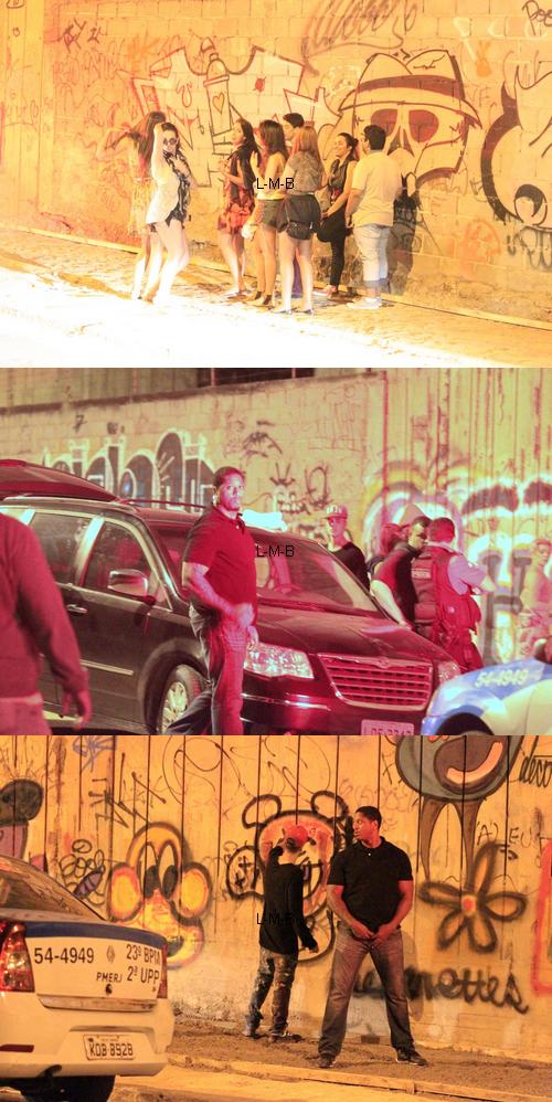 Justin faisant des graffitis avec le crew à Rio de Janeiro