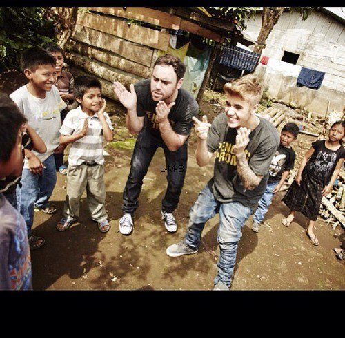 Photos diverses de Justin + Photo postée sur Instagram