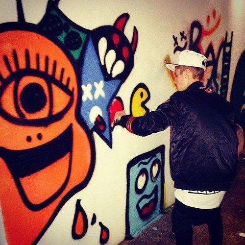 Photos diverses de Justin + Photos et vidéo postées sur Instagram