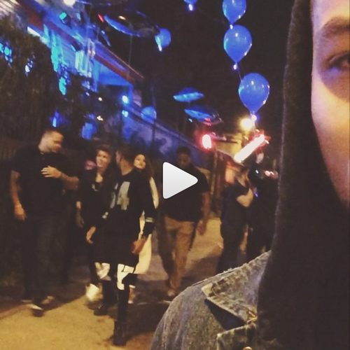 Photos et vidéos de Justin (suite) + Vidéo postée sur Instagram