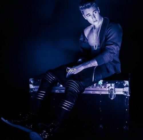 Photos diverses de Justin + Vidéo de Mike Lerner + Photo postée sur Instagram