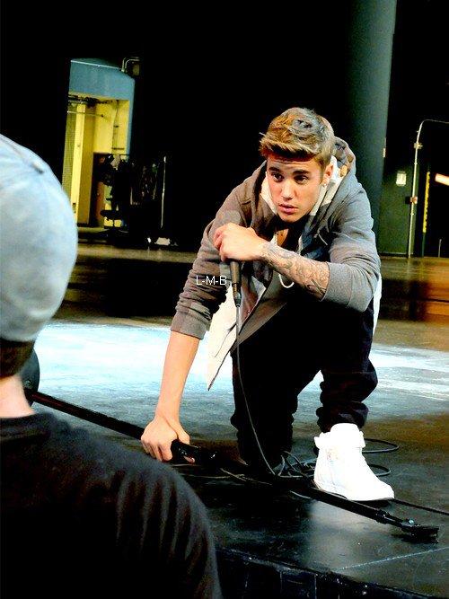 Photos de Justin (suite) + Photo postée sur Instagram