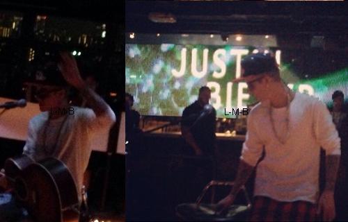 Justin prestant dans un club à Tokyo