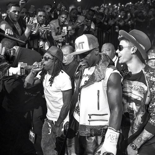 Photos et vidéos de Justin + Photo postée sur Instagram