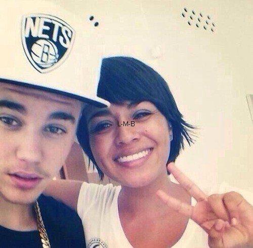 Photos et vidéos de Justin