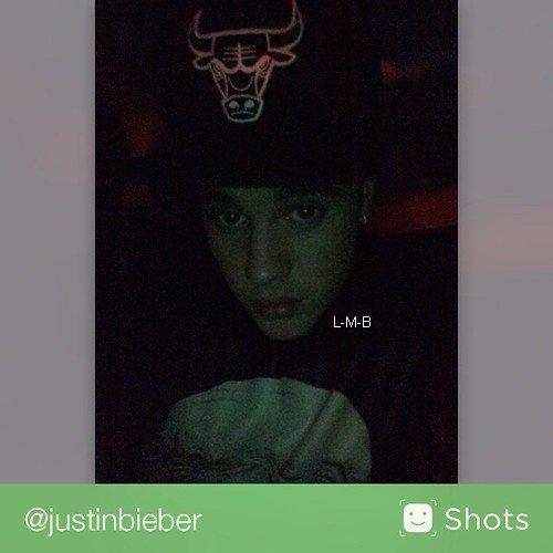 Photos postées par Justin sur Instagram et Shots of me