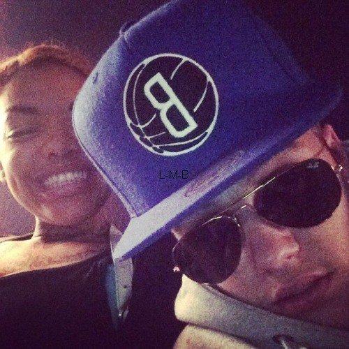 Photos et vidéo de Justin (suite) + Vidéo postée sur Vine