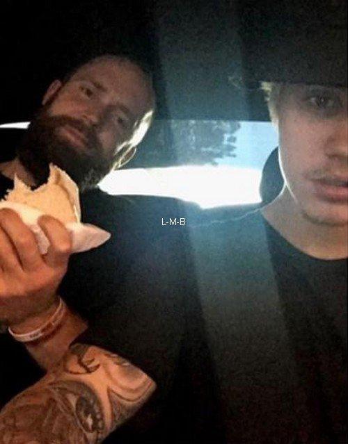 Photos et posts ajoutés par Justin sur Instagram, Shots of me et Fahlo