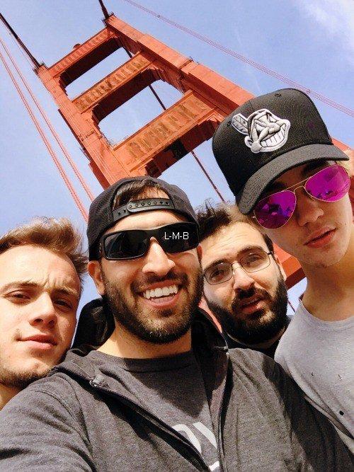 Photos et vidéo de Justin + Vidéo postée sur Vine