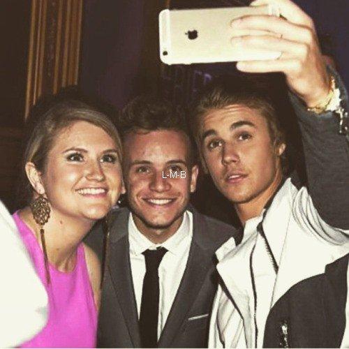 Photos de Justin (suite) + Vidéo postée sur Vine