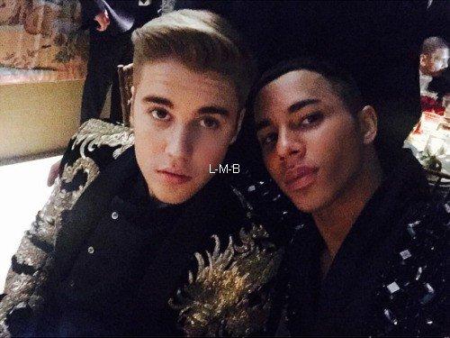 Photos et vidéos de Justin (suite) + Vidéo postée sur Shots of me