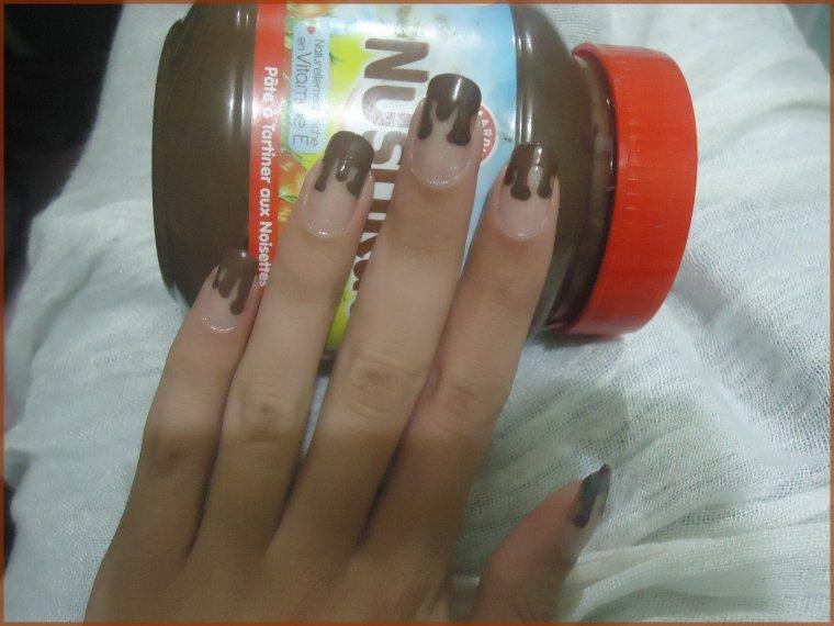 Nail art effet Chocolat fondu
