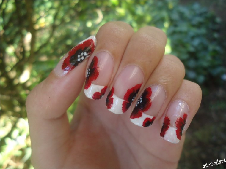 Nail art - 1er One stroke sur french manucure