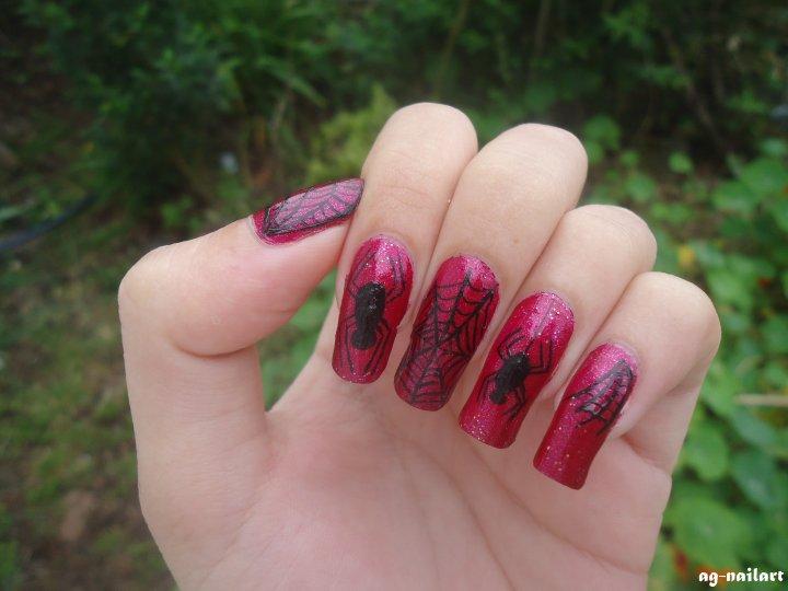 Nail art Halloween n°3 : Araignées