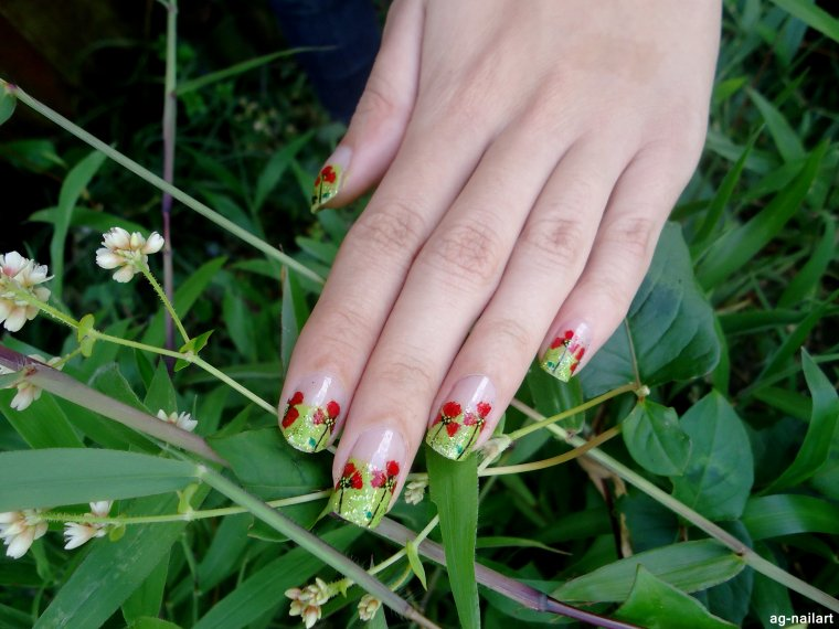 Nail art - Coquelicots