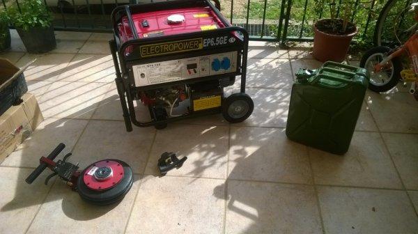 Groupe 7000W , Cric pneumatique , jerrican 20l , patin anti rayures pour la machine à démonté les pneus
