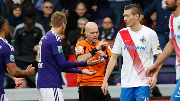 Sébastien Delferière sera aux commandes du très important FC Bruges-Anderlecht de dimanche prochain. Ce match pourrait s'avérer décisif dans l'attribution du titre de champion de Belgique.