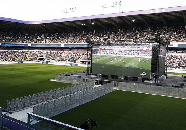 Ce jeudi 18 mai, le RSCA organisera à nouveau la diffusion du match, en déplacement à Charleroi, sur quatre grands écrans au stade Constant Vanden Stock. Tous ensemble, passons une belle soirée au Parc Astrid !