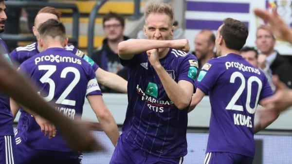 Anderlecht s'impose face à Bruges et relance la course au titre (1-0)
