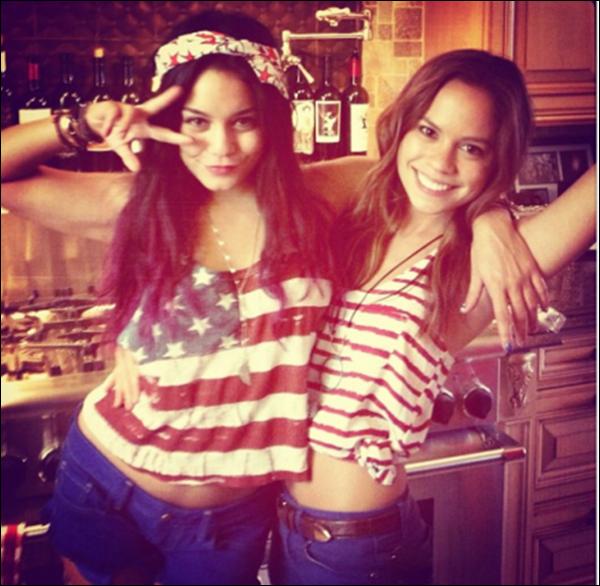 .. 04 juillet 2012 : Vanessa, Austin et leurs amis pour la fête nationale...