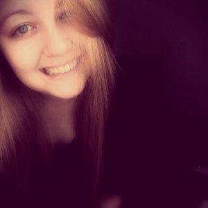 Je veux que tu me regarde comme si tu me regardais pour la dernière fois, que tu me souri comme si c'était la dernière fois que tu le ferais. Que tu me touche comme si tu sentais le contact de ta peau sur la mienne pour la dernière fois. Je veux qu'après que je sois parti je te manque comme si je ne reviendrais jamais. Je veux que tu m'aime, a chaque seconde comme si c'était la dernière Je veux que tu m'aime comme jamais auparavant.