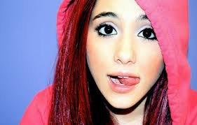 """Ariana Grande : Elle adresse ses fans : """"C'est facile de tirer des mauvaises conclusions"""""""