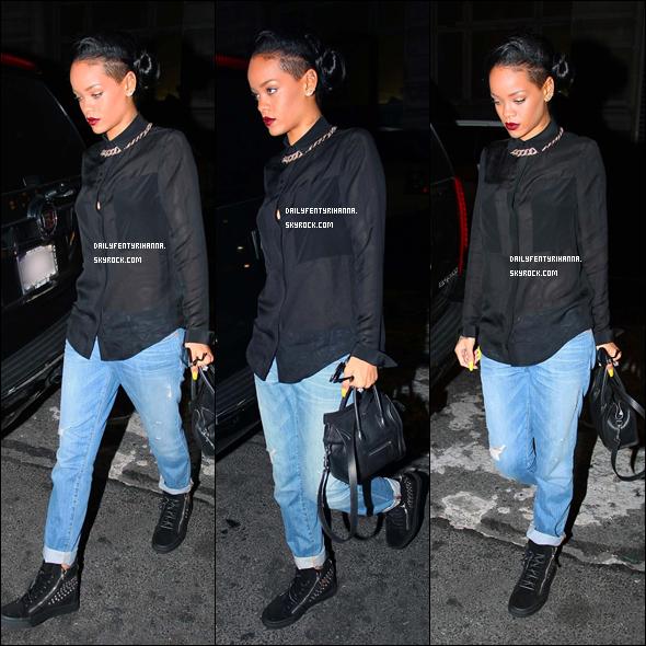 15.06: Rihanna a été vue à New York après avoir mangé au restaurant Da Silvano.