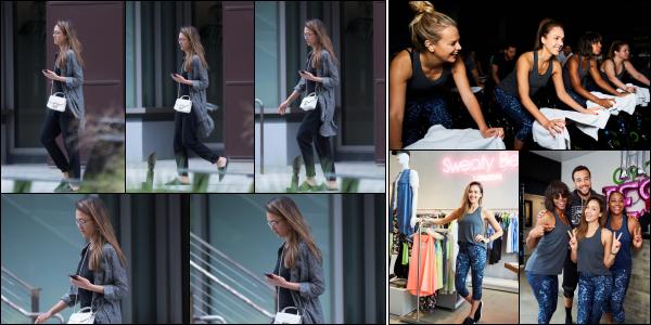 - 08.05.17 ─ La belle Jessica Alba est photographiée, alors qu'elle quittait un immeuble de bureaux à Los Angeles ! [/s#00000ize]Malheureusement, seulement très peu de photos sont sorties pour cette news et la qualité n'est pas folle. Sa tenue à l'air vraiment sympa par contre. Top   -