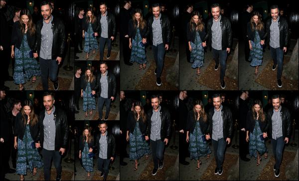 - 23.04.17 ─ Jessica et son mari, Cash Warren sont photographiés, quittant la boîte « Peppermint »  à Los Angeles ! [/s#00000ize]Le couple s'accorde une petite sortie en amoureux, sans leurs deux filles et ils ont raison d'en profiter ! Je suis pas fan de sa robe, mais ca lui va bien!! -