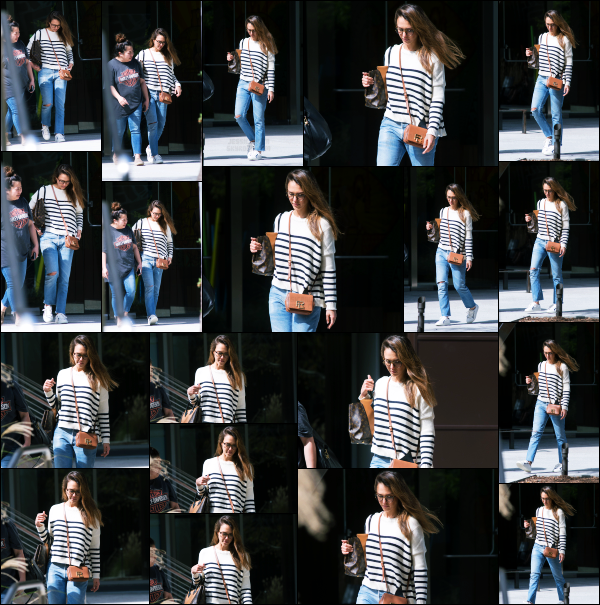 - 14.03.17 ─ Jessica Alba est photographiée ce jour là alors qu'elle venait de quitter une réunion dans Los Angeles.[/s#00000ize]J'aime plutôt bien la tenue qu'elle portait ce jour là, c'est très simple et ce style là lui va très bien. Elle à l'air fatigué... Vous avez des avis sur la tenue??!    -