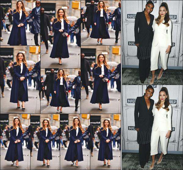 - 14.05.19 ─ Notre belle Jessica Alba est aperçue en se rendant dans les studios « AOL Build Series » à -New York ![/s#00000ize]Jessica est en pleine promo pour la sortie de sa nouvelle série L'A's Finest, au côté de Gabrielle Union qui joue un rôle à ses côtés. Pas fan du look ! Flop. -