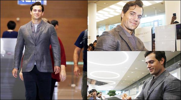 """. 15.07.2018 : Henry est arrivé en Corée du Sud  pour continuer la promo de """"Mission Impossible Fallout""""  ."""
