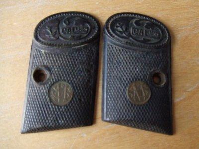 plaquettes de smith et wesson cal 6,35mm