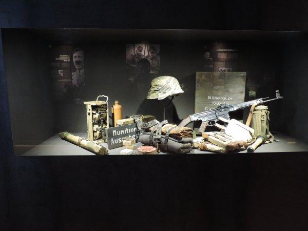 MUSEE DE LA GLEIZE DECEMBER 44 (1)