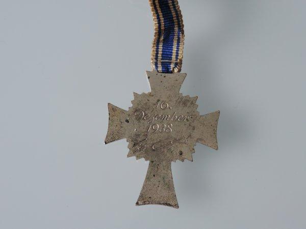 MUTTERKREUZ ARGENT ALLEMAND WW2