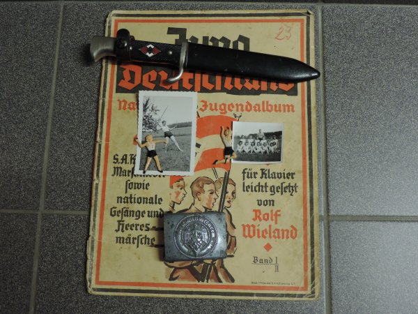WINTERHILFSWERK BDM ALLEMAND WW2 WHW
