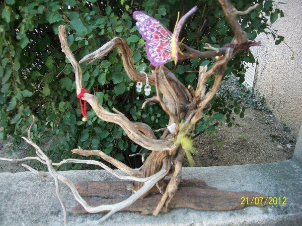 arbre a papillon en bois flott bienvenue sur mon blog bois flott. Black Bedroom Furniture Sets. Home Design Ideas